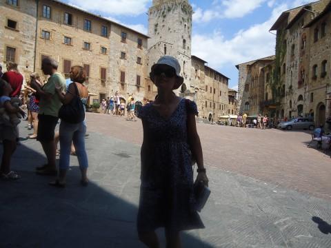 San Gimignano_Piazza della Cisterna