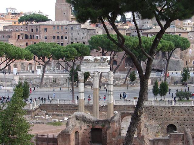 Roma Forumul Roman_B