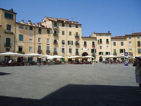 Lucca 2