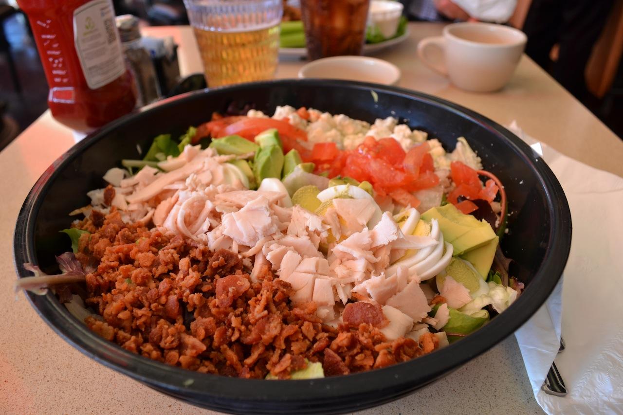 LA Venice Beach_Cobb Salad | Prin vacanta