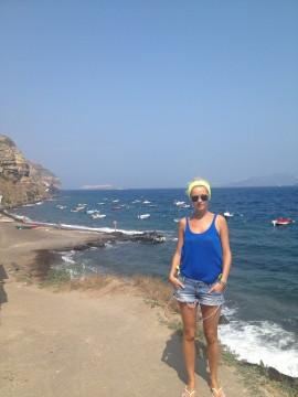 Diana Dumitrescu Santorini 10