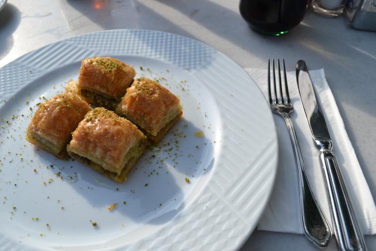 Istanbul_food_desert 1