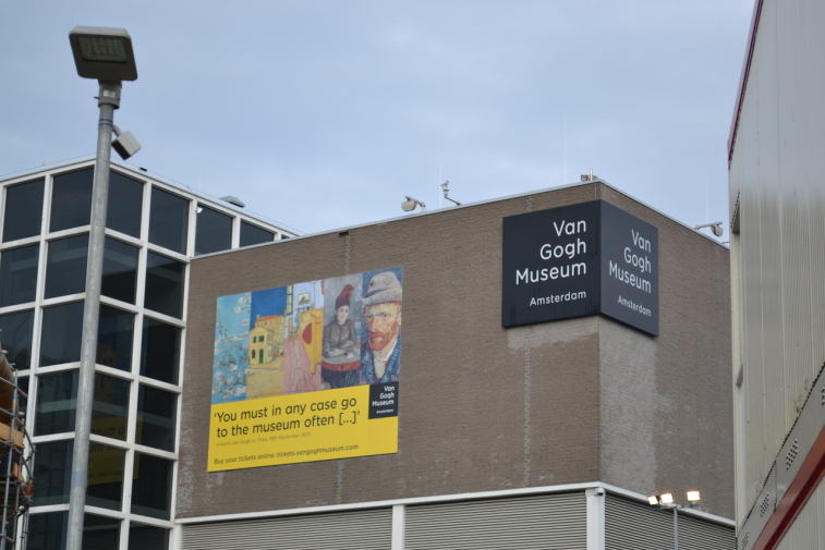 Amsterdam_Muzeul Van Gogh 2
