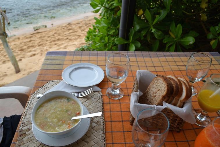 Sri Lanka 14 JLH seafood soup 2