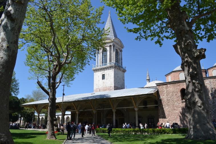 Istanbul_Topkapi_Second Court 3