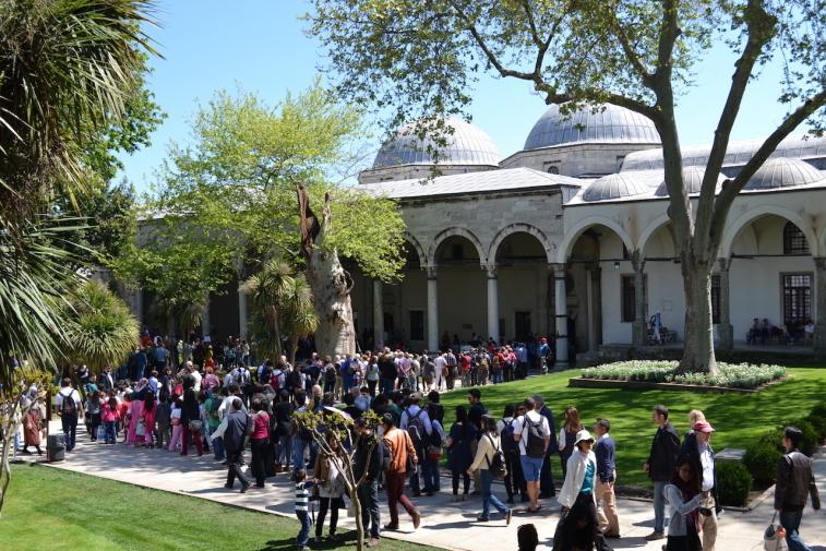 Istanbul_Topkapi_Third Court 2