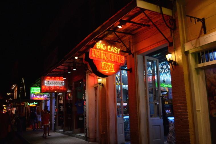 SUA_New Orleans_Bourbon St 17