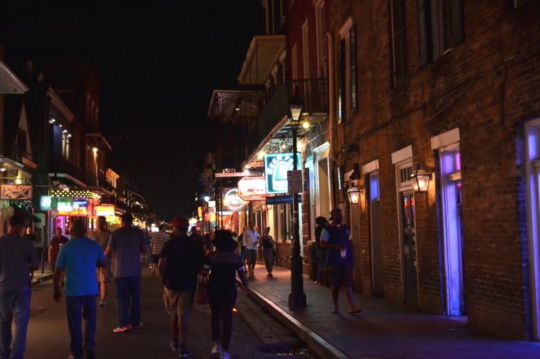 SUA_New Orleans_Bourbon St 18