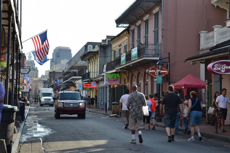 SUA_New Orleans_Bourbon St 2