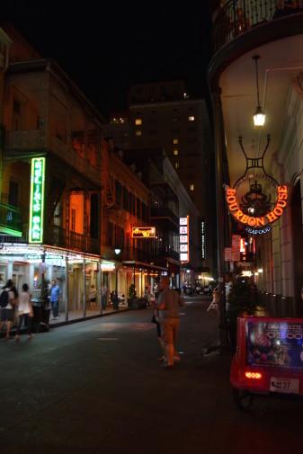 SUA_New Orleans_Bourbon St 22