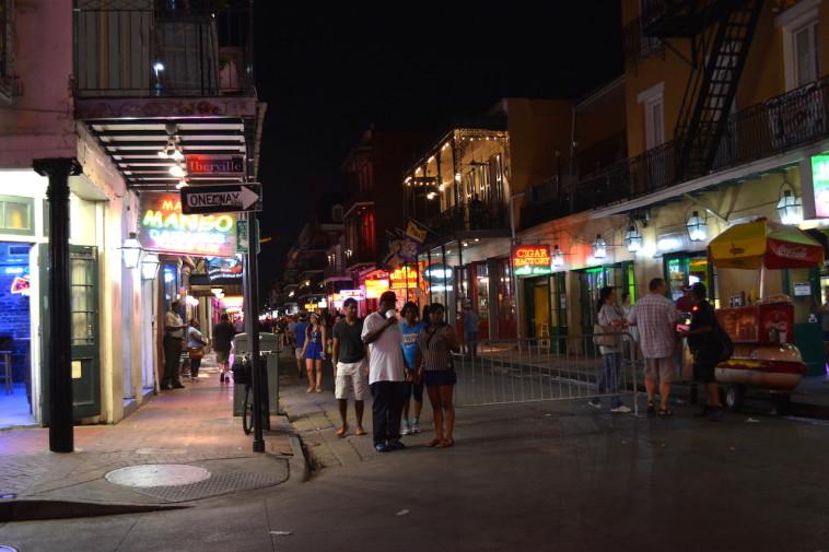 SUA_New Orleans_Bourbon St 23