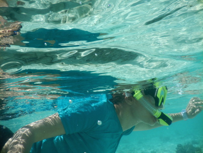 Maldives_snorkeling_Ellaidhoo resort_6