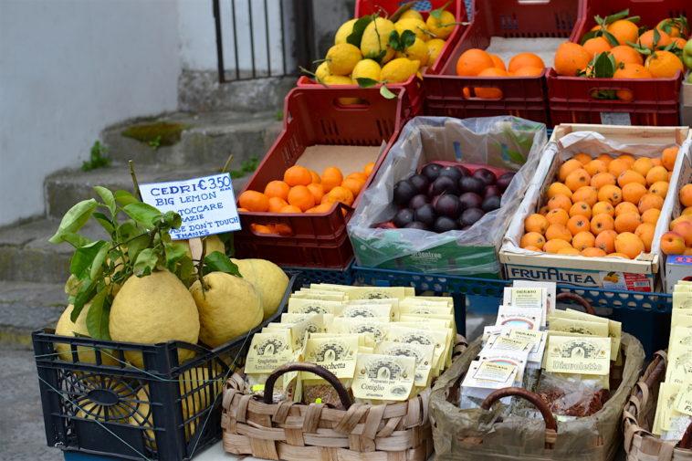 Italia_food_Capri lemons 1