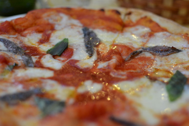 Italia_food_Sorrento pizza 3