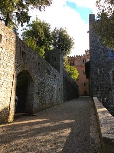 toscana_castello-din-brolio-2