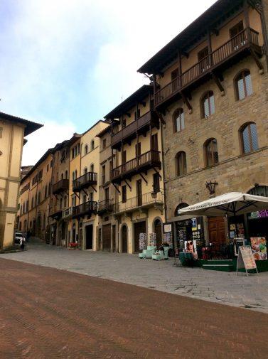 arezzo_piazza-grande_2