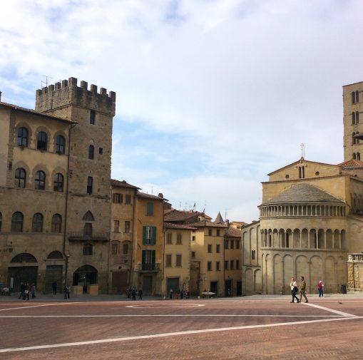 arezzo_piazza-grande_3