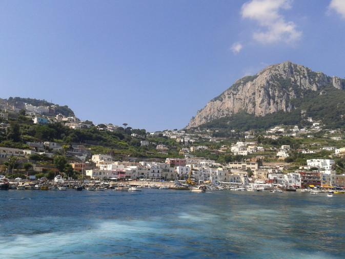23. Capri (3)