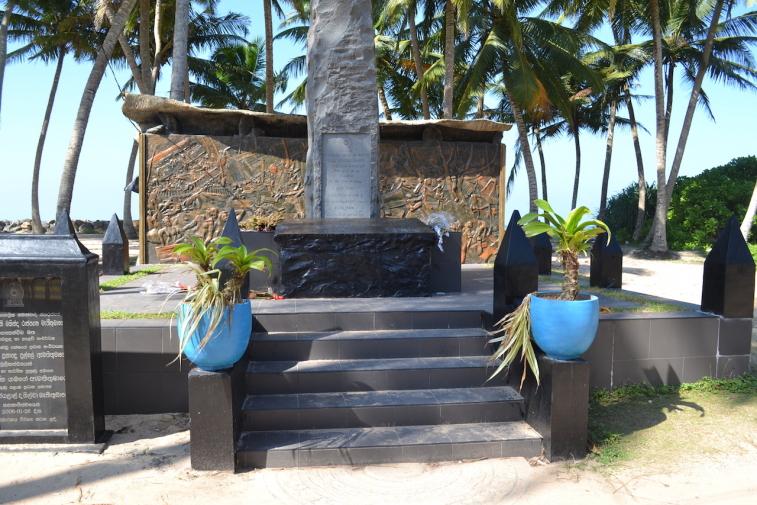 Sri Lanka 15 tsunami 1