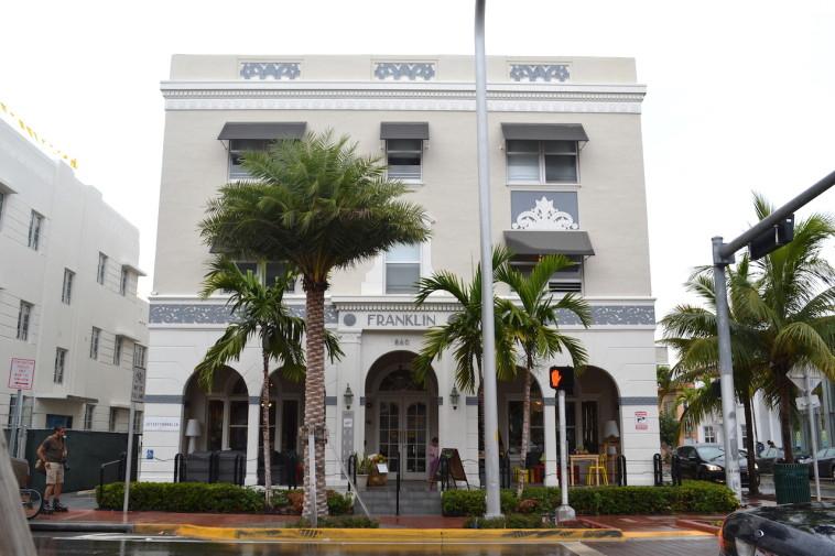 Miami Beach_Art Deco District 23