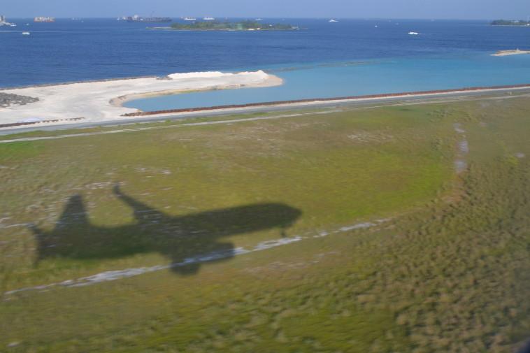 Maldive_Avion_aterizare Male